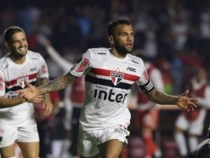 São Paulo se reabilita, Fla sobra no Maracanã e Athletico perde