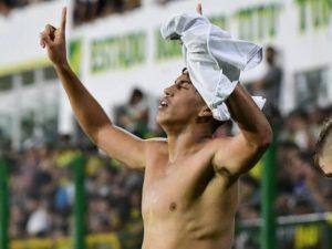 Santos e Athletico vencem; Fla e Palmeiras estreiam hoje