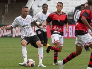 Empate complica Corinthians e ajuda São Paulo a se classificar