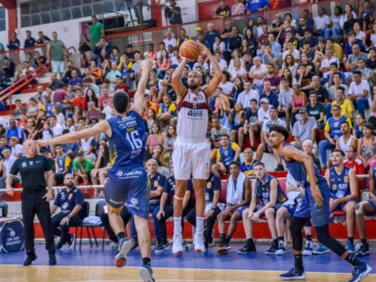 marquinhos-flamengo-basquete_foto-arthurmaregafilho-saojosebasketball