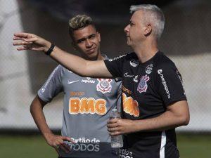 Tiago Nunes já é criticado nos bastidores do Timão