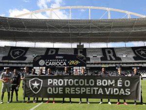 De volta ao Carioca, Botafogo vence e Fluminense dá vexame