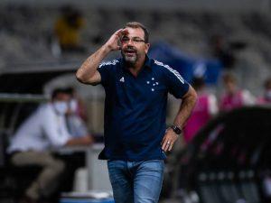 Cruzeiro demite Enderson Moreira após empate com CRB