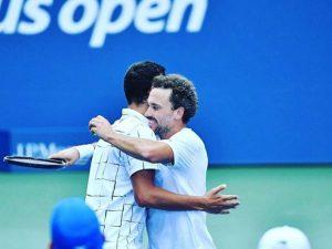 Soares vai à final de duplas. US Open tem Serena e Thiem hoje