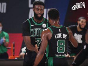 Celtics fazem 3 a 2 nos Raptors; Heat pode eliminar Bucks hoje