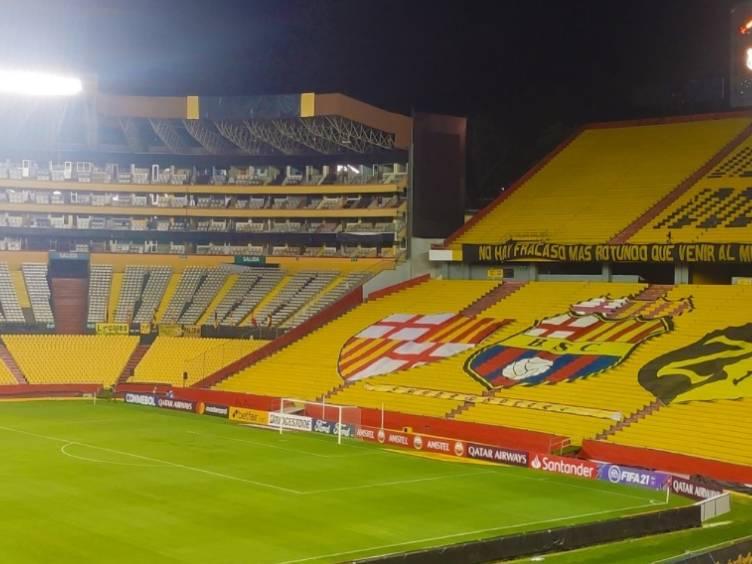 monumental-barcelona-de-guayaquil-equador_twitter-barcelonasc
