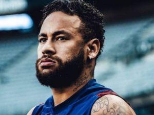 Neymar e acusação de racismo e as voltas das ligas europeias