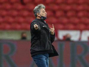 Grêmio vence Inter na Libertadores e mantém invencibilidade