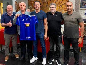 Felipão acerta com Cruzeiro. Time é o vice-lanterna da Série B