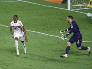 Fim de semana de futebol: SP passa nos penais; Inter 2 x 2 Fla