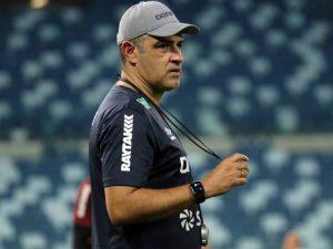 Cuiabá perde técnico horas antes de enfrentar o Grêmio hoje