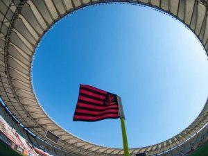 Flamengo vence e assume vice-liderança do Brasileirão