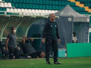 Figueirense, Paraná, Botafogo-SP e Oeste caem para Série C