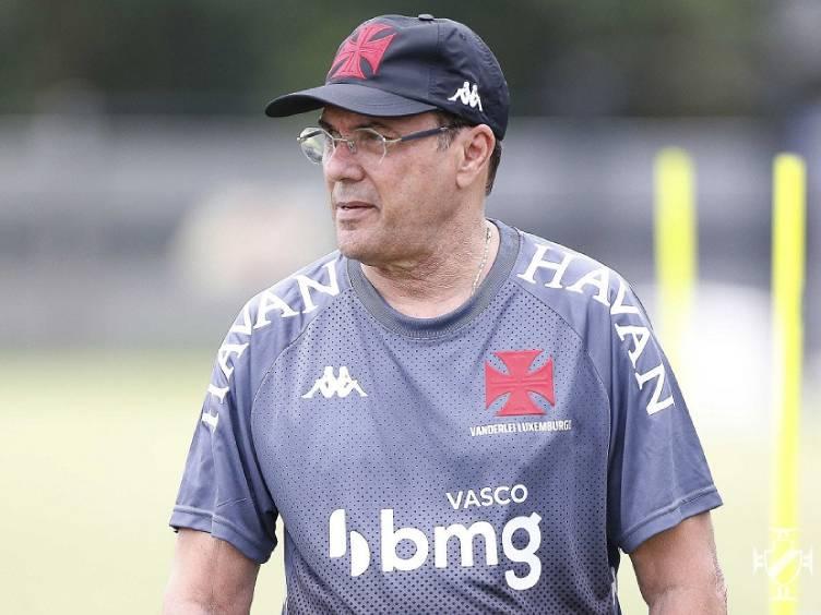 Luxemburgo dando treino no Vasco, no início de sua segunda passagem como técnico