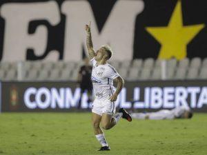 Santos elimina Boca e decide Libertadores contra o Palmeiras