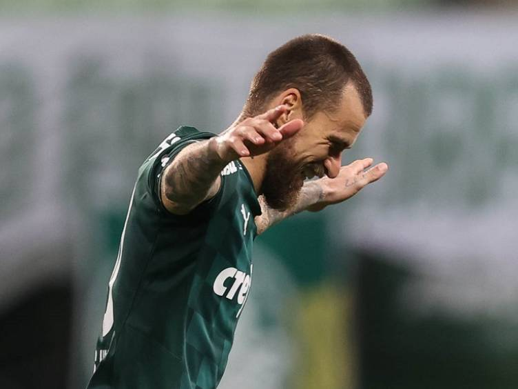 Capitão Lucas Lima, em Palmeiras 3 x 0 São Caetano