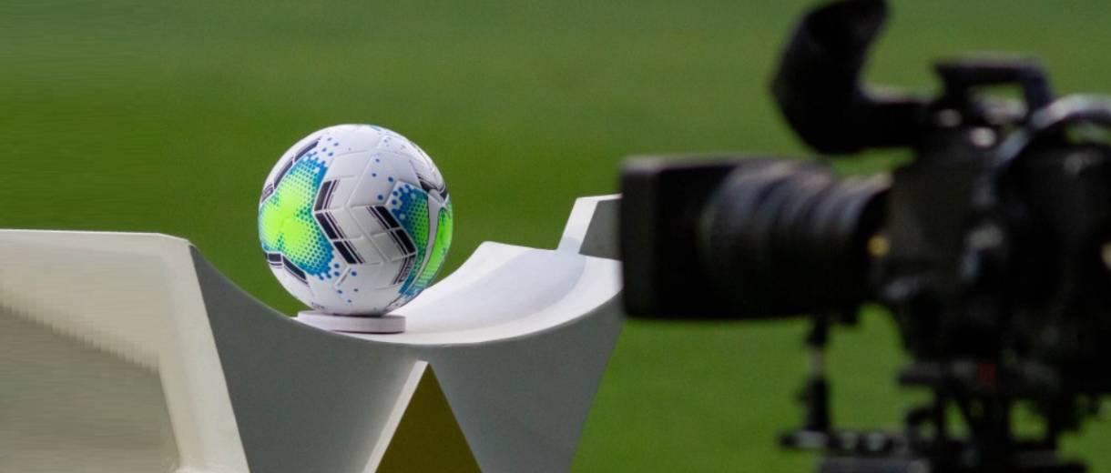 destaque-brasileiro-bola-camera-de-tv-agif-cbf