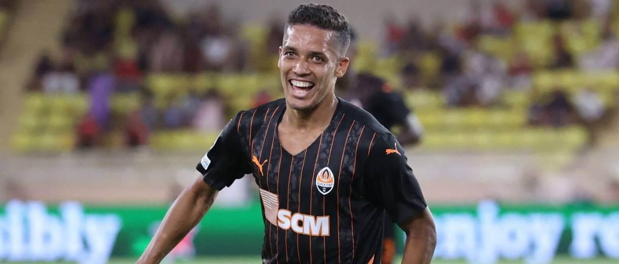 foto-pedrinho-ex-corinthians-shakhtar-contra-monaco-champions-2022
